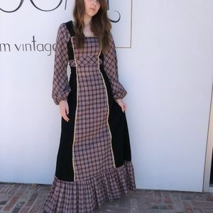 5686d5fe7d2 Women s Black And White Bohemian Maxi Dress on Poshmark